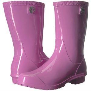 Flawed UGG Sienna Rain Boots in Purple Size 7